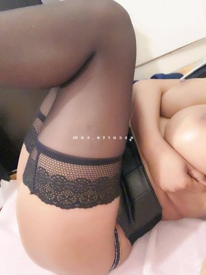 Awena escorte massage sexy