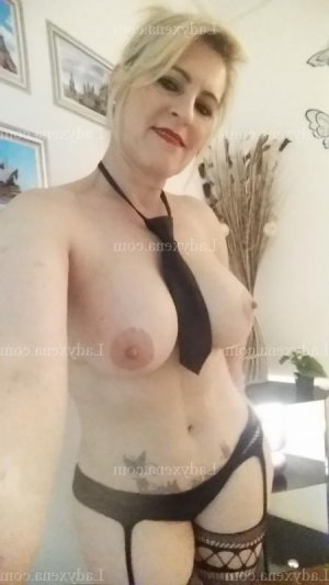 Oihiba wannonce escorte girl