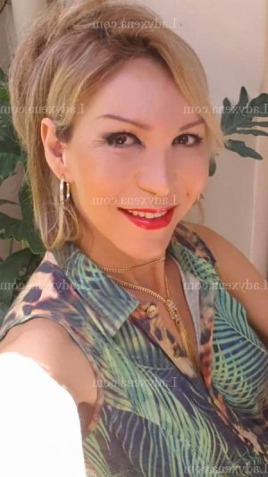 Marie-jeannine massage escorte girl ladyxena